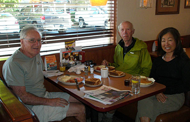 Breakfast at Dennys in Bishop during our day off the Trail from Onion Valley trailhead