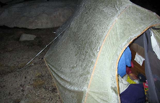 Bubbs Creek nightmare: Jeanne's frozen tent