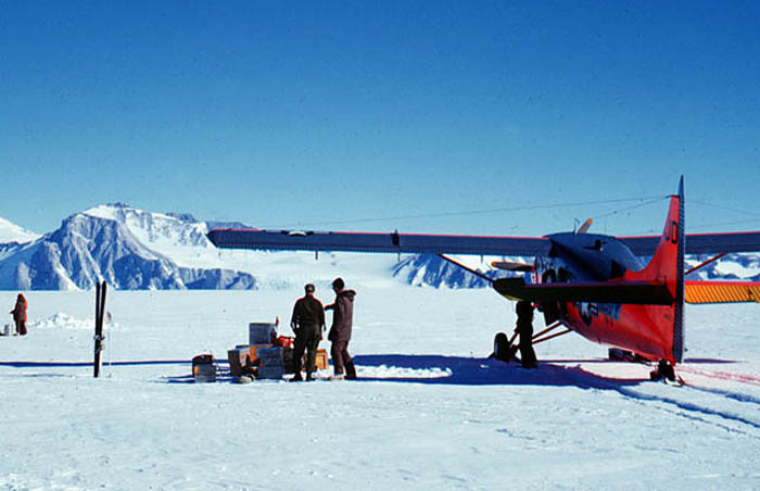 With the VX6 Otter at the Beardmore Base, looking towards the Beardmore Glacier mouth.