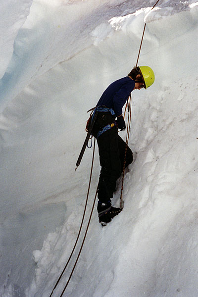 Crevasse extraction training for Lucy
