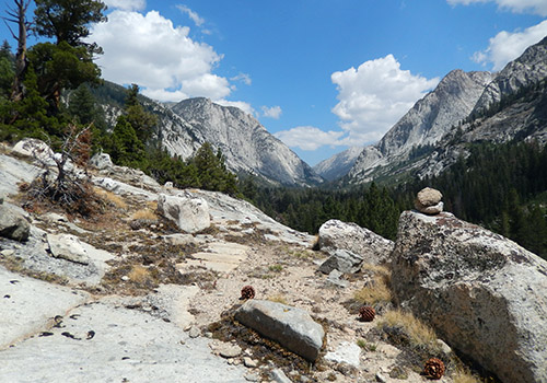 I finally discover the shortcut from the JMT to Mono Creek Trail