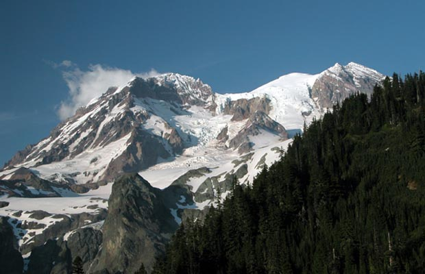 Sunset Ridge and Sunset Amphitheater, with the white summit of Mt. Rainier to the right